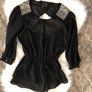 Women's size small top!